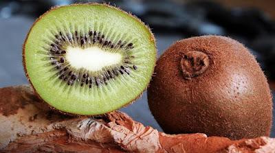buah, buah kiwi, manfaat buah kiwi, khasiat buah kiwi, gizi buah kiwi, nutrisi buah kiwi, kesehatan, manfaat kesehatan, artikel kesehatan, manfaat buah, nutrisi,