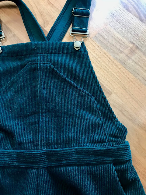 Diary of a Chain Stitcher: Closet Case Patterns Jenny Overalls in Bottle Green Corduroy from Like Sew Amazing with Detachable Bib