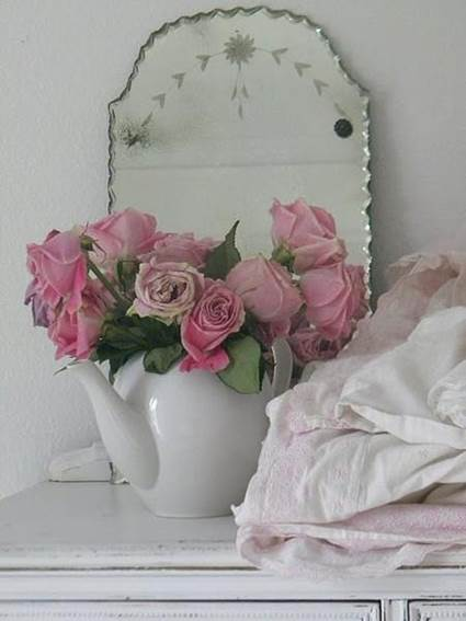 How To Decorate With Mirrors Without Frame 4