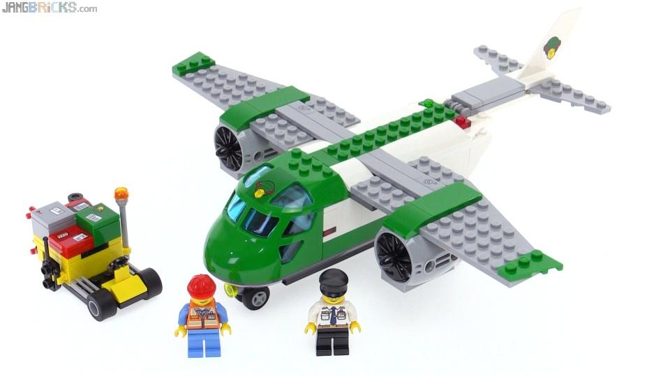 b342da525e2 LEGO City Airport Cargo Plane review! 60101