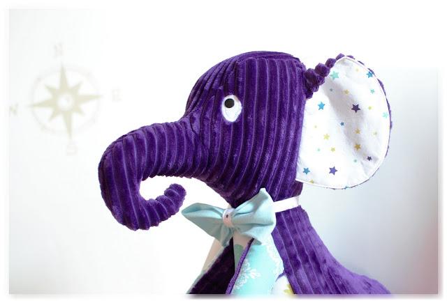 peluche éléphant velour violet et tissu étoilé