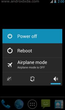 memperbaiki smartphone tidak bisa di charge