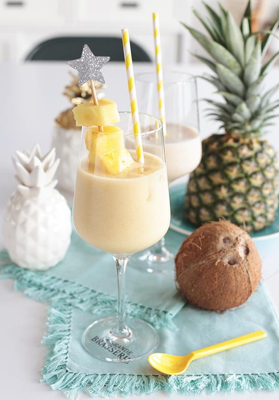 Pina Colada mit Ananas und Banane Kokos