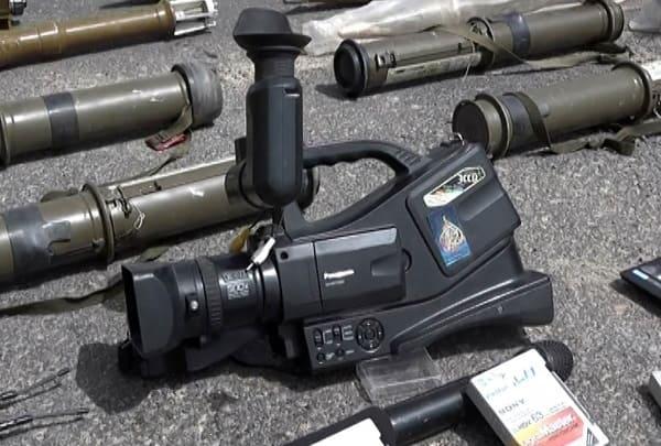 العثورعلى مركز إعلامي للجزيرة القطرية بالغوطة الشرقية وإحباط تهريب أسلحة وادوية إسرائيلية-فيديو