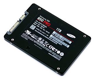Bagian bawah SSD