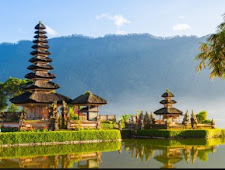 INDONESIA TRAVEL GUIDE ATRACTION TOURISM BALI 2018