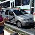 Acidente carro x moto ocorreu na Hermes da Fonseca com uma pessoa ao solo