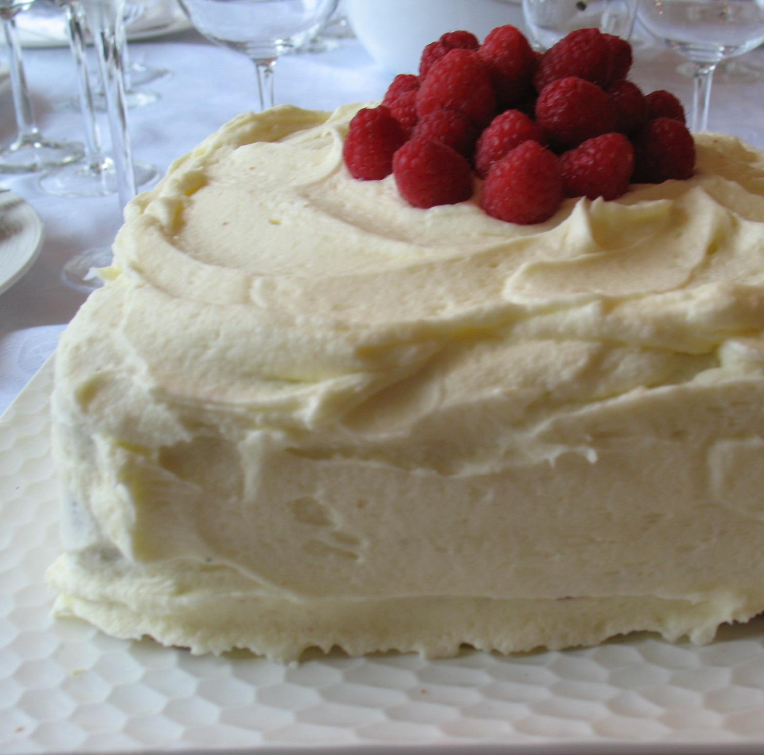 Lemon Chiffon Cake With Raspberry Filling