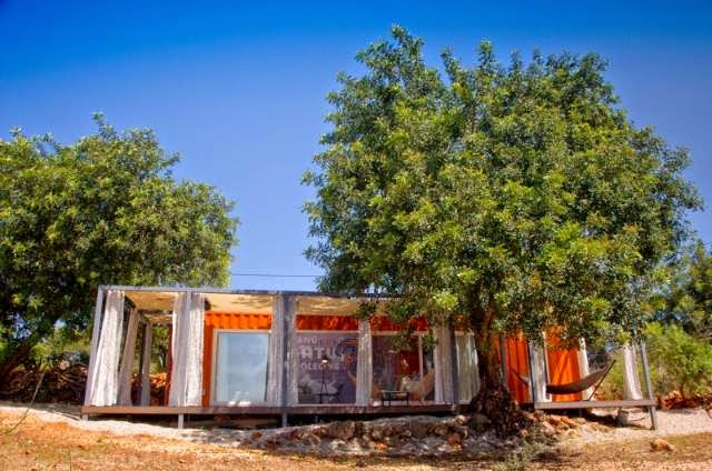 Container Home - Nomad Living in Portugal