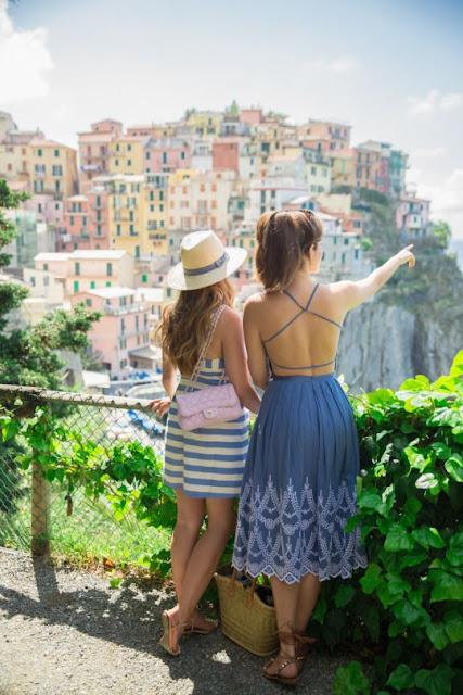 women admiring Cinque Terre's Site