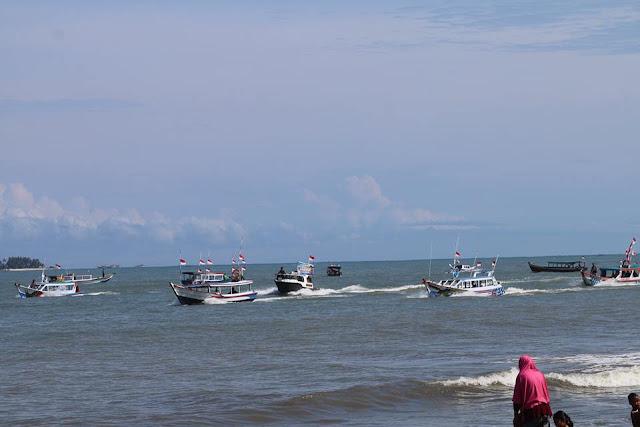 Lomba Kapal Hias, Pesta Pantai Pariaman Kian Semarak