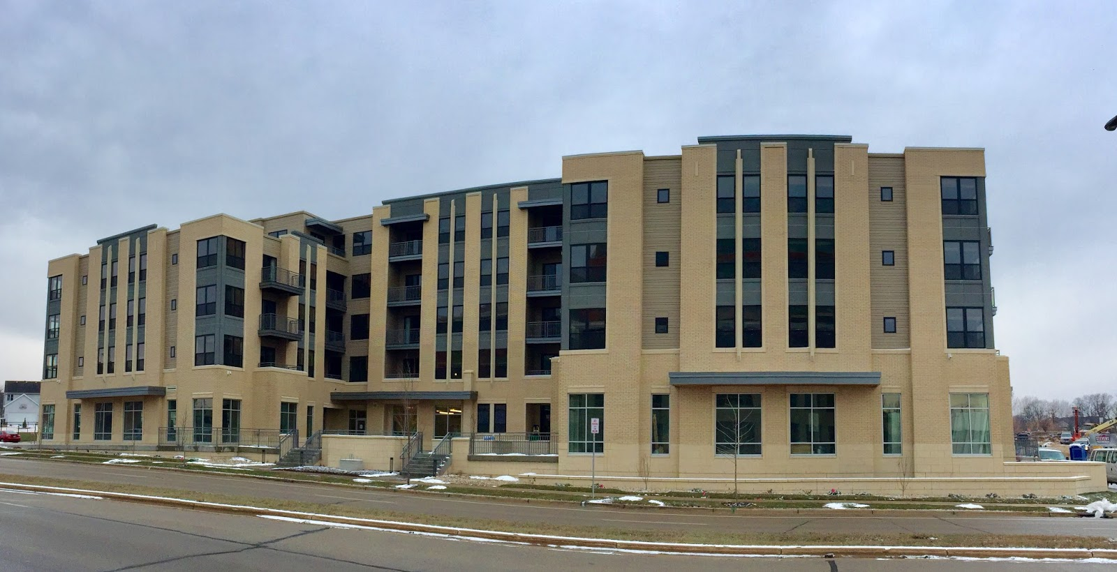 Retiring Guy 39 S Digest Update Double Deco Second Building Of Far West Side Madison Apartment