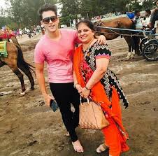 Vedant Sawant Family Wife Son Daughter Father Mother Age Height Biography Profile Wedding Photos