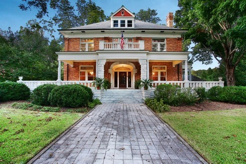 Terrierman 39 s daily dose french castles vs american homes for Home builders in newnan ga