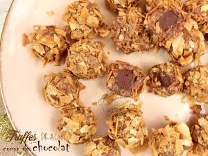 Truffes au praliné coeur de chocolat et crêpes dentelles