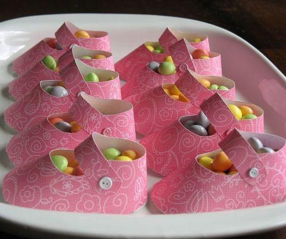 Recuerdos de zapatitos con dulces para regalar en - Manualidades para regalar en cumpleanos ...