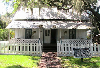 photo of 1912 Cracker-style house at Manatee Village Historical Park