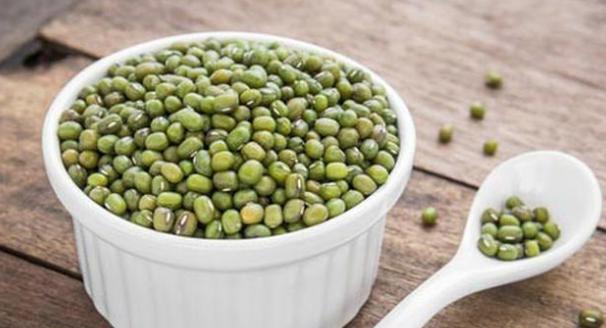 Gambar Manfaat kacang hijau untuk kecantikan, Ibu Hamil dan Ibu sedang Menyusui