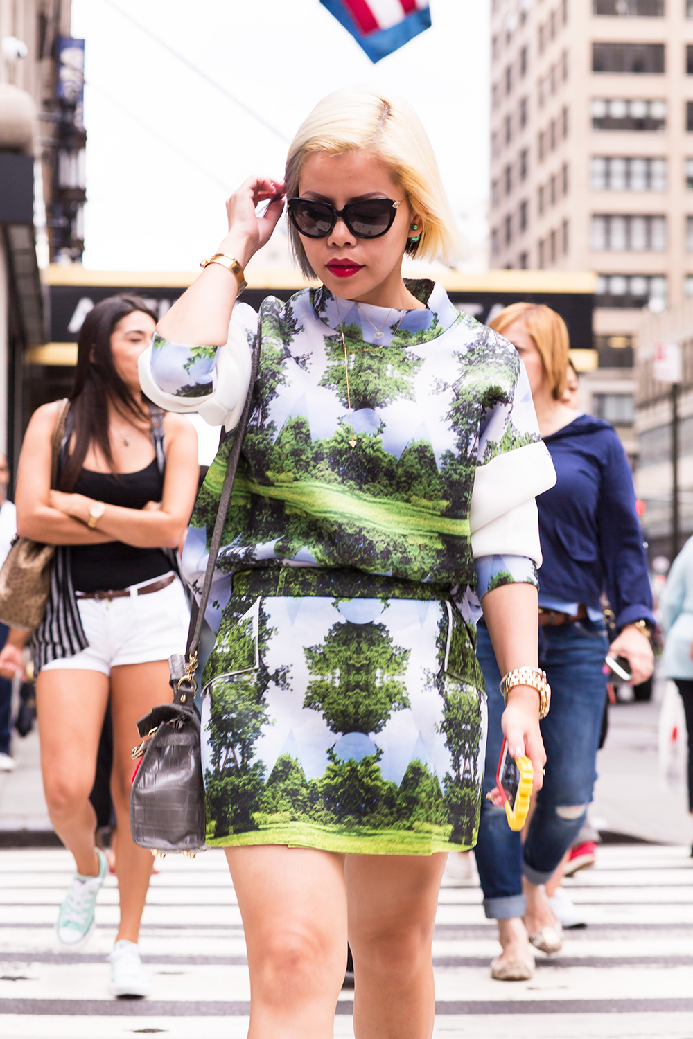 Crystal Phuong- New York Fashion Week 2015- Streetstyle on day 3