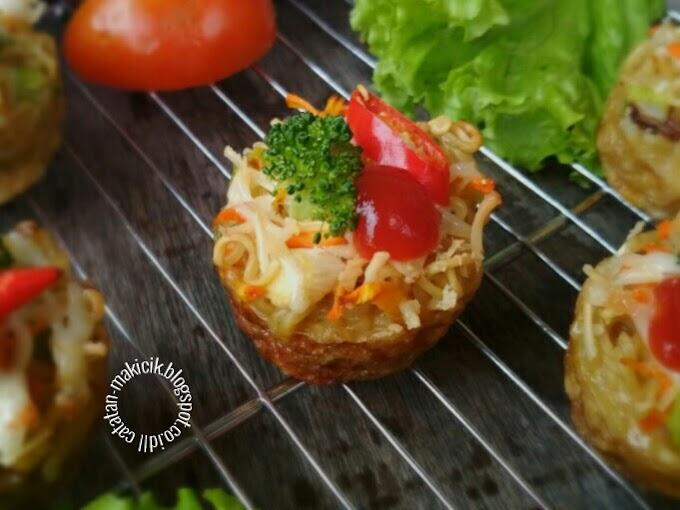 Muffin Mie Sayuran