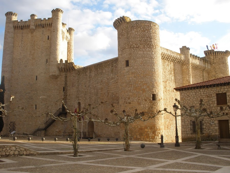 Castillo de Torija es una fortaleza medieval