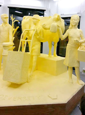 2018 Butter Sculpture at the Pennsylvania Farm Show