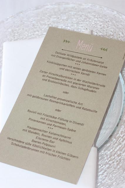 Menükarten, Kartenmacherei, Romantische Herbsthochzeit in den Bergen von Garmisch-Partenkirchen, Vintage-Style, heiraten im Hochzeitshotel Riessersee Hotel; wedding destination abroad Bavaria, Fall mountain wedding