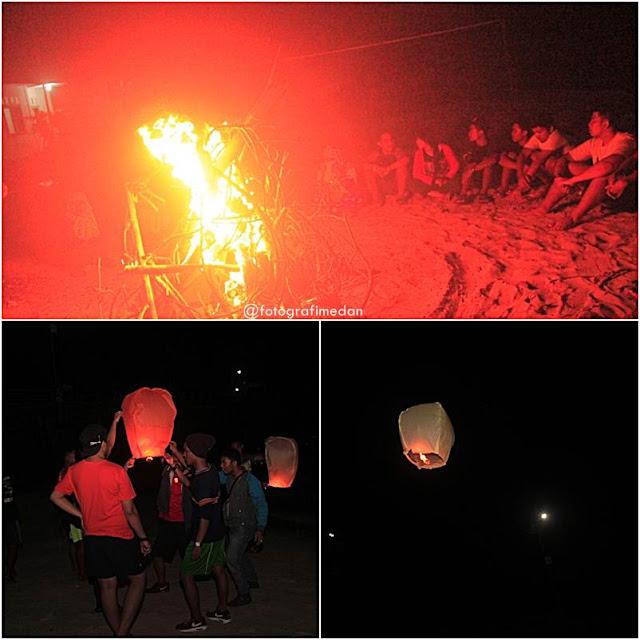 Melepaskan Lampion di Pulau Berhala