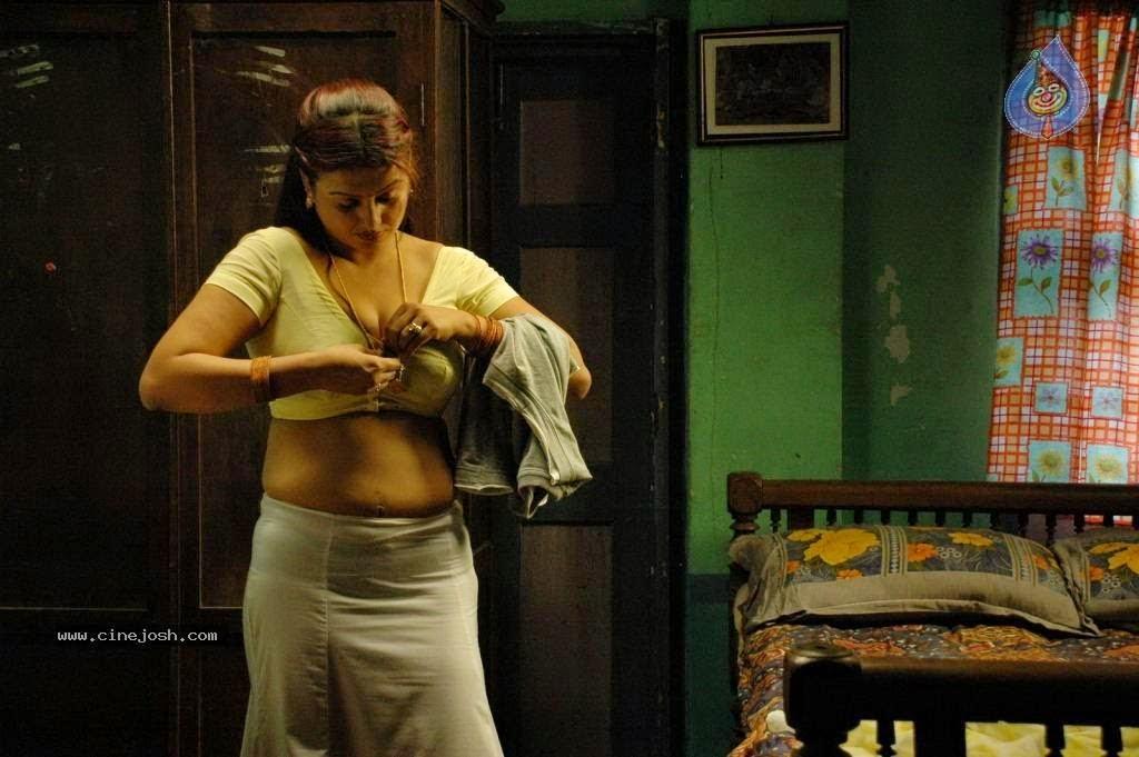 Free Old Malayalam Sexy Actress Stills 113