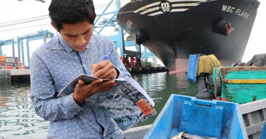 Pescadores artesanales terminan la secundaria gracias a los CEBA