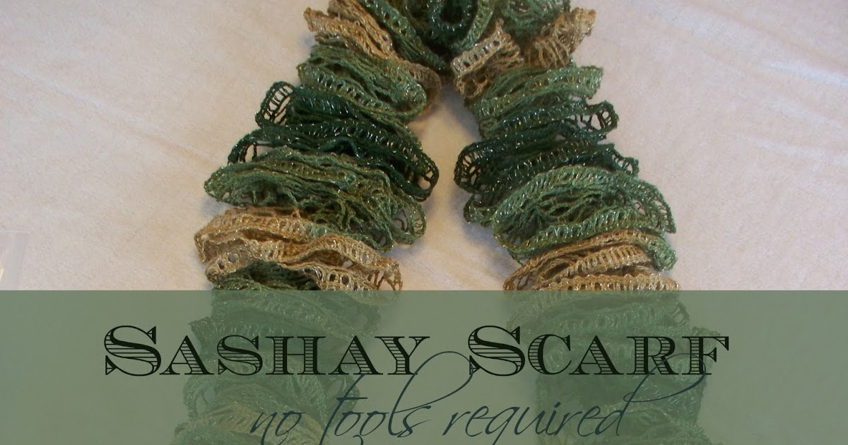 How to Make a Scarf using Sashay Yarn and your fingers ...