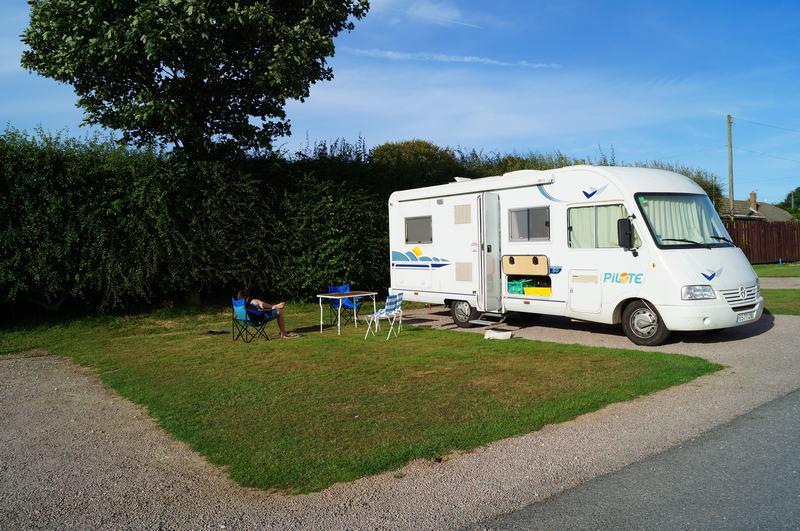 parcela camping caravan club Inglaterra