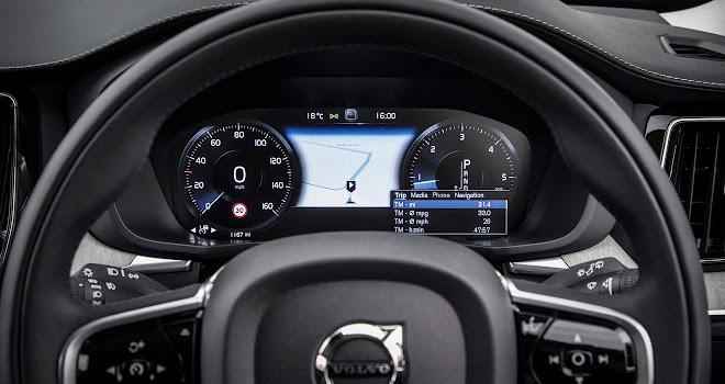 Volvo XC60 digital instruments