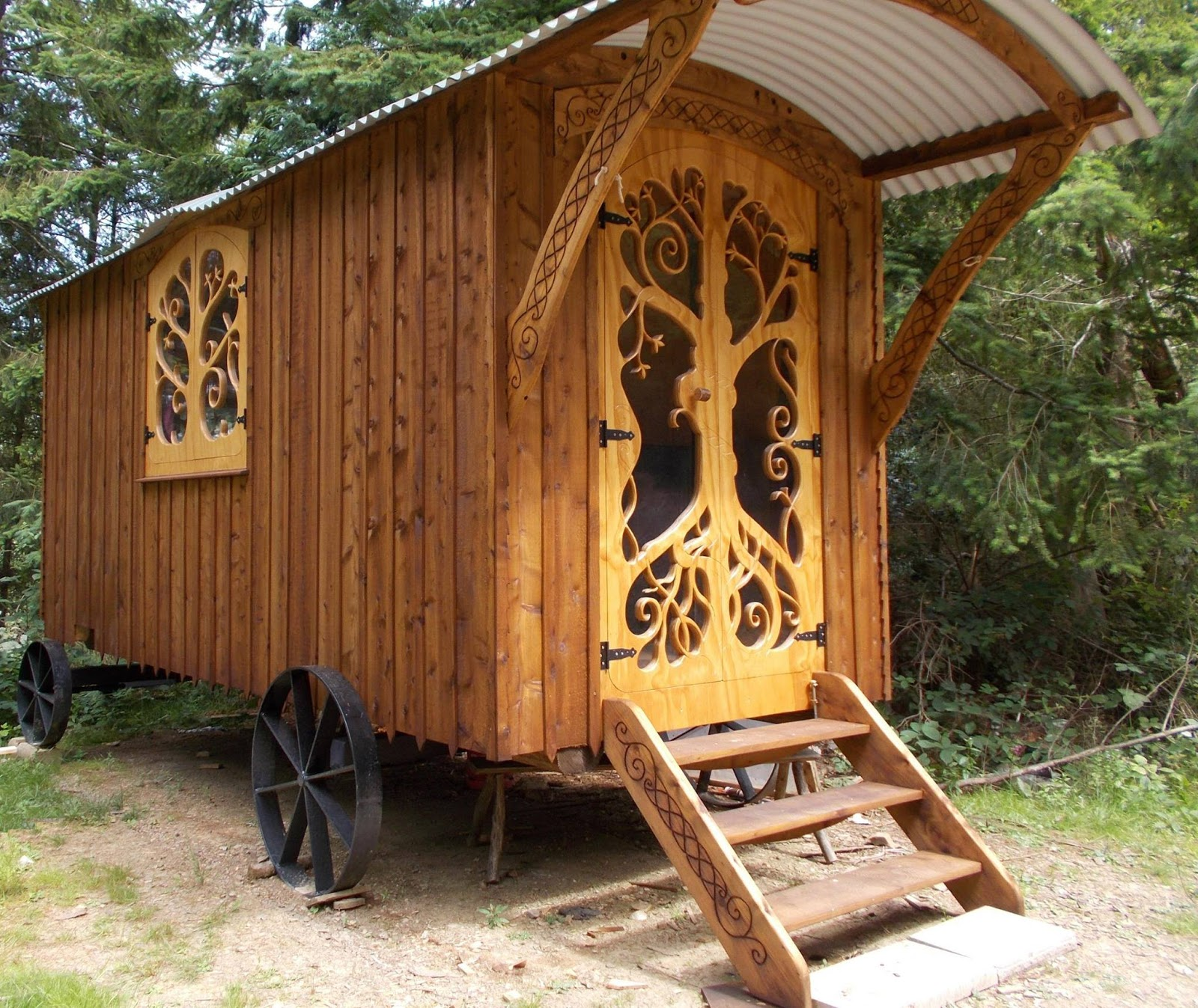 Shepherd S Hut: Shedworking: Shepherd's Hut With Celtic Knot Hand Carving