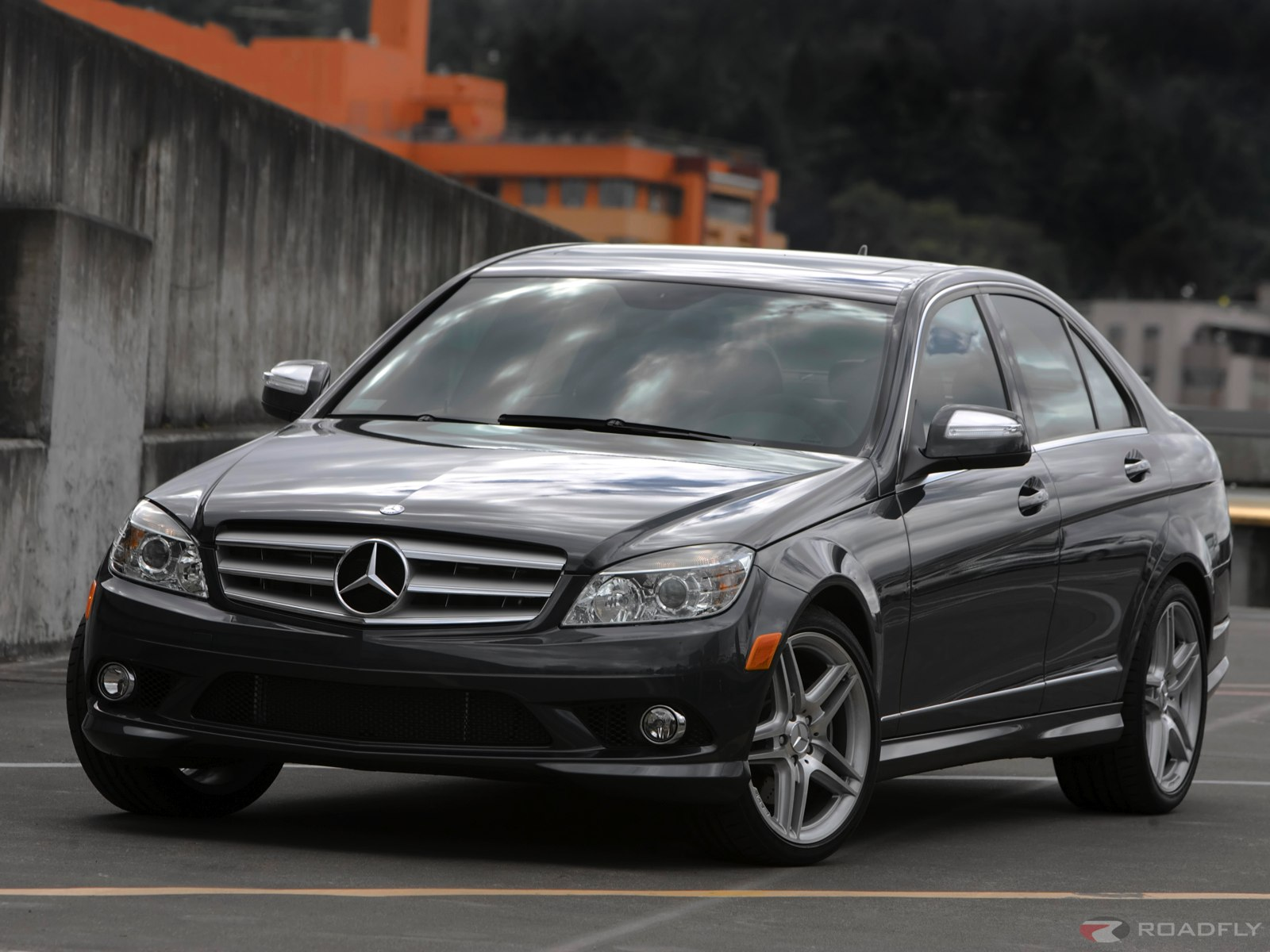 Mercedes Benz C Class Overview