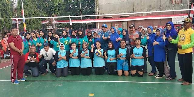 Juara 1 RW 03 Bola Voli Putri  dan Futsal Putra Rw 06