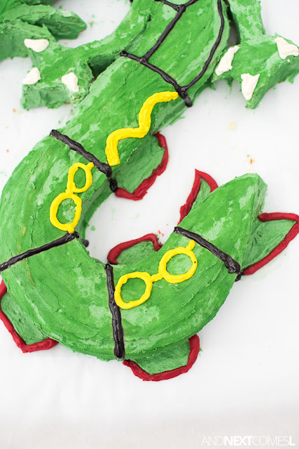 Pokemon cake tutorial for Rayquaza