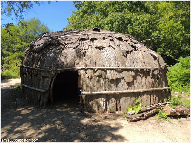 Wampanoag Homesite en la Plimoth Plantation: Wetus