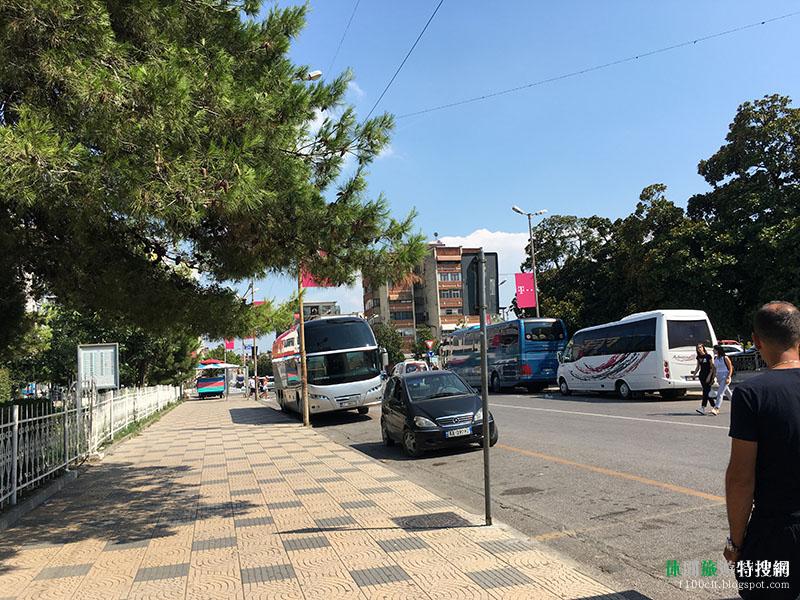 阿爾巴尼亞城市 - 都拉斯.地拉那.斯庫台 巴士時刻表以及乘車地點