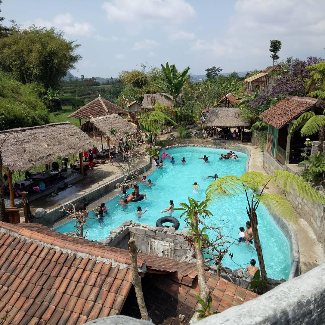 Taman Dolan Batu Wisata Keluarga Tradisional Murah Meriah