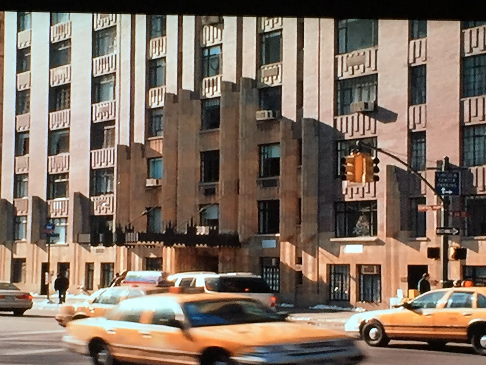 Apartment Building Ghostbusters reel to real movie and tv locations: elf (2003)