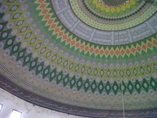 gambar plapon kubah masjid moderen