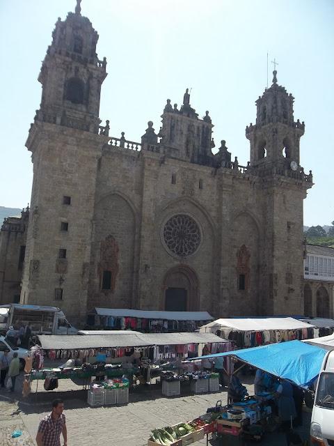 mercadillo en Mondoñedo Lugo