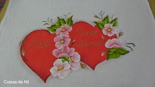 pintura de coracao e flores