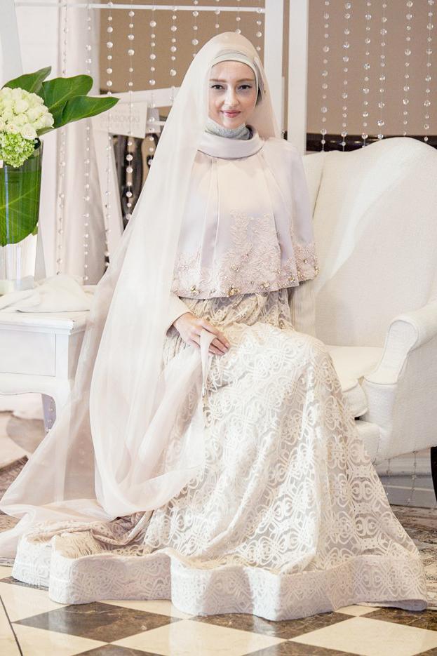 Pusing Dengan Gaun Pengantin Islami Hijab Wedding Bridal