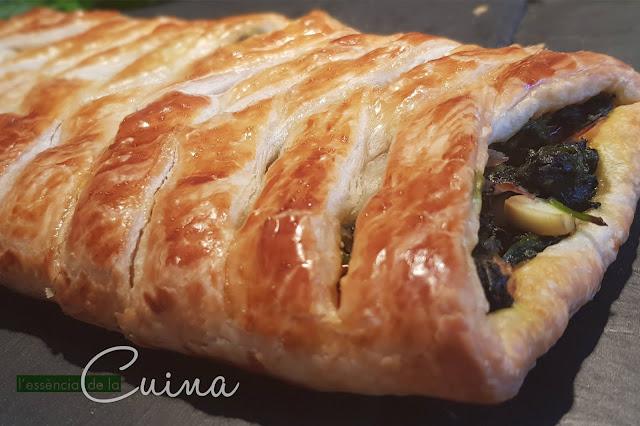 Trena d'Espinacs, Pasta de Full, Xerries, Beacon, Trenza de Espinacas, Pasta de Hojaldre, Verdura, Entrante, L'essència de la cuina, blog de cuina de la Sònia.