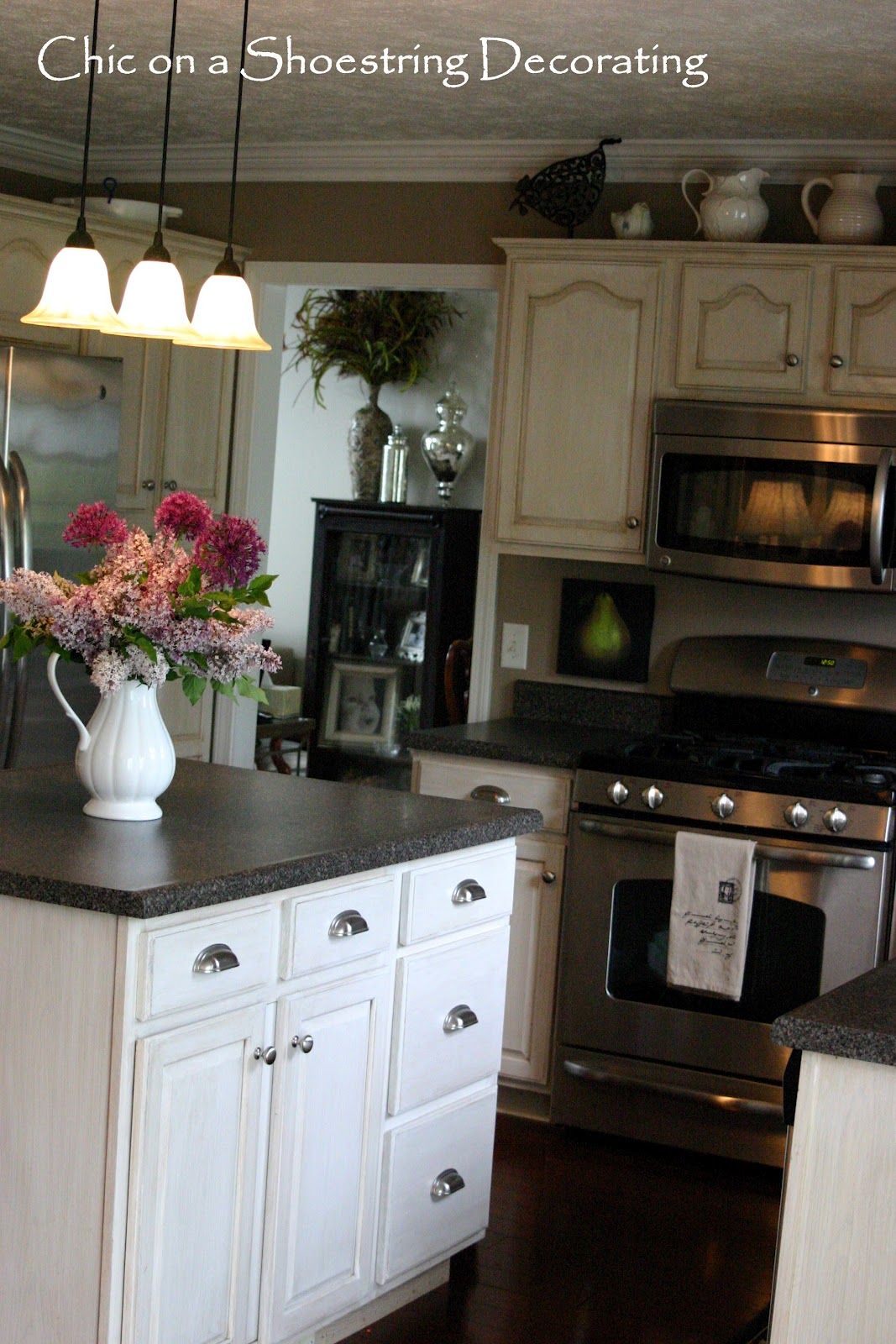 handles or knobs for kitchen cabinets chic on a shoestring decorating how to change your 16173