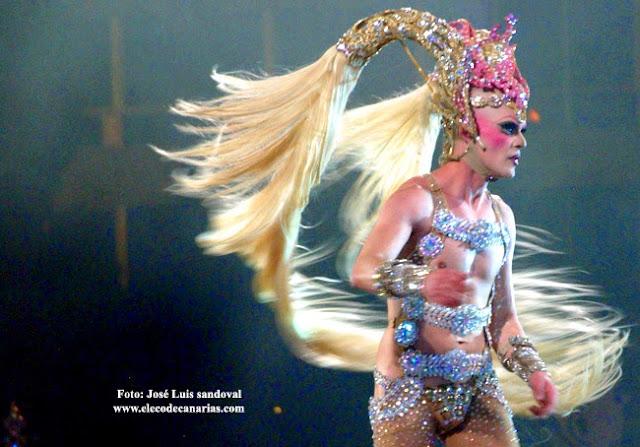 Live gala drag queen Carnaval Las Palmas Canary Islands 2016