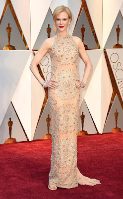 http://www.eonline.com/photos/20211/oscars-2017-best-dressed-women/745910