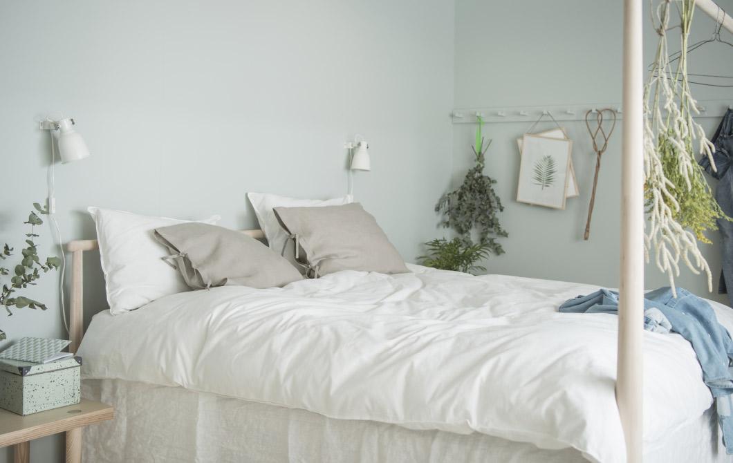 Una camera da letto fresca e rilassante la tazzina blu bloglovin